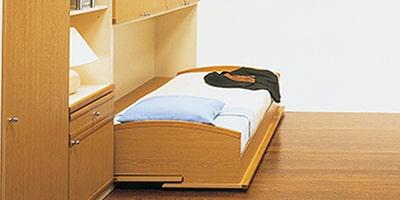 格納ベッド