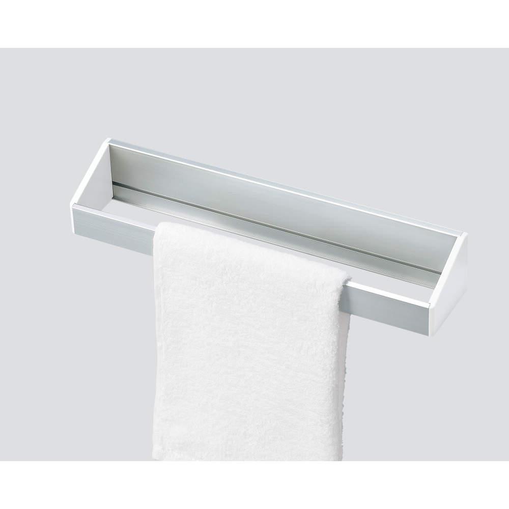 【使用例】<br>底板を外してタオル掛けにできます。
