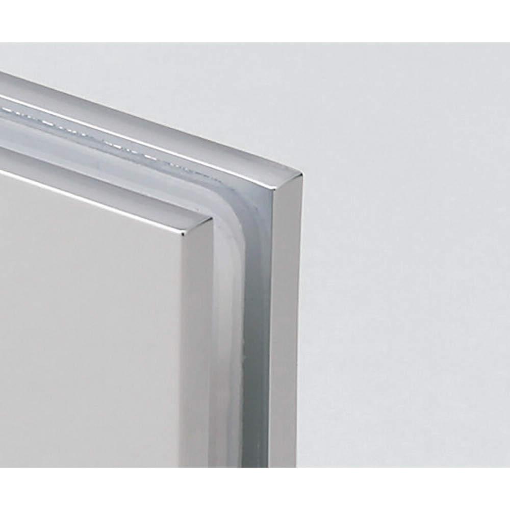 品番にRSGがつく製品は、羽根の角が四角いタイプです。