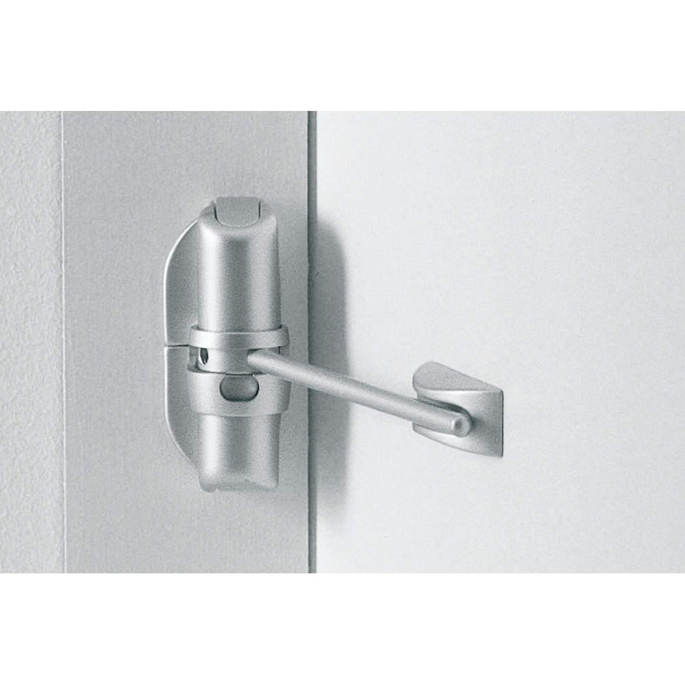 扉枠(本体を取り付ける面)と扉面との寸法差で、本体の取付位置が下図のようになります。