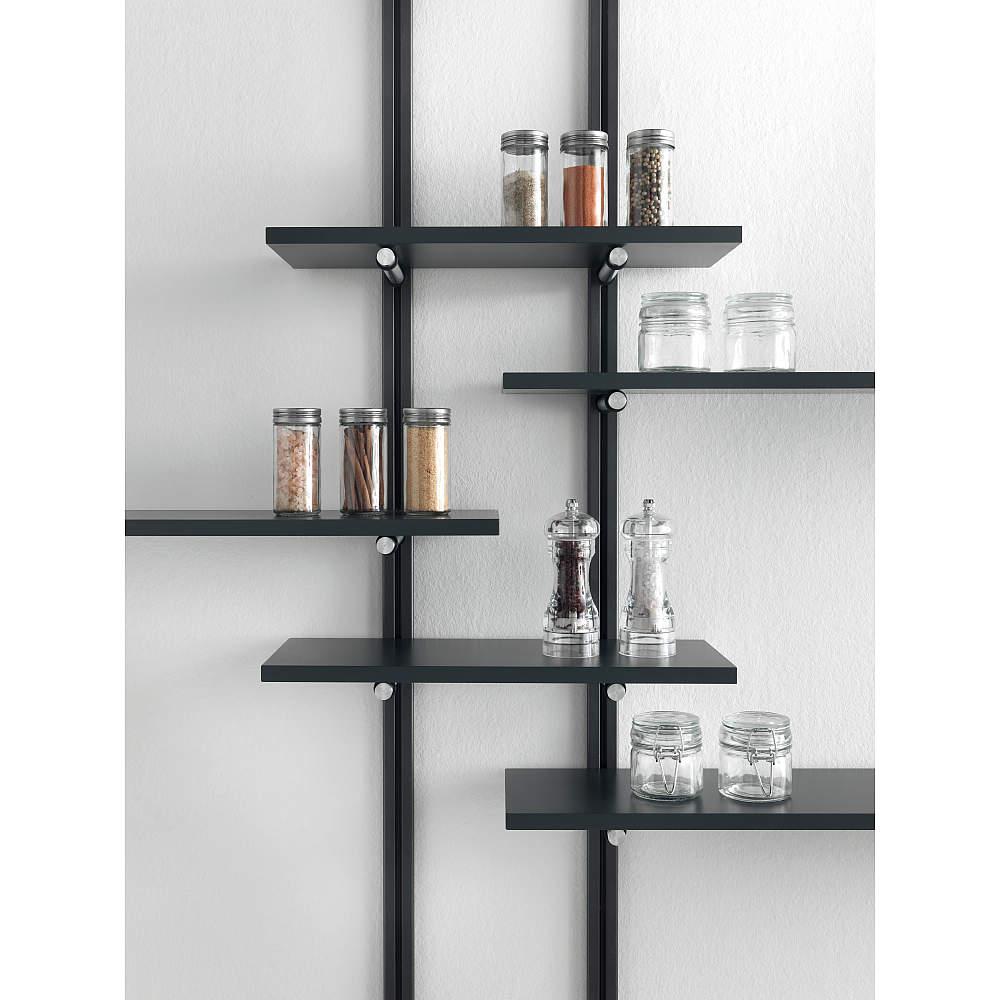 ダボ穴がないので、好きな位置で棚を作ることができデザインの幅が広がります。