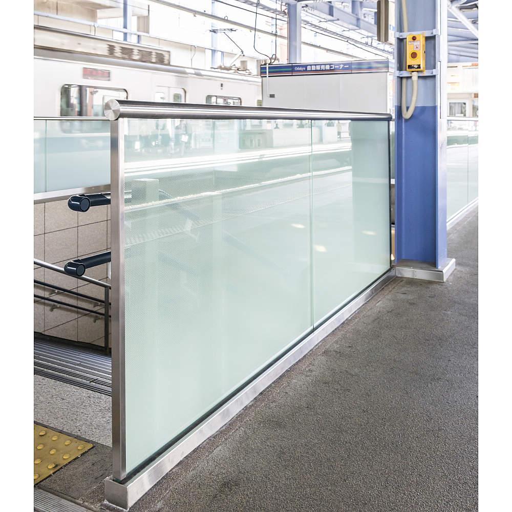 使用例 ホームガラスフェンス
