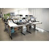 【使用例イメージ】<br>電子部品を組み立てる作業台