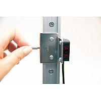 【使用例】レール、キャリッジ、光電センサ用ブラケットの組み合わせ