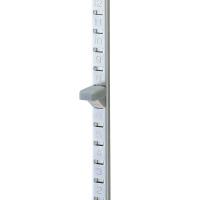 15mmピッチで数字が刻印してあり棚板の高さ調整が簡単です。